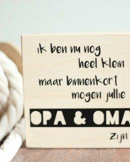 bekendmaking-zwangerschap-opa-oma-houtenblok